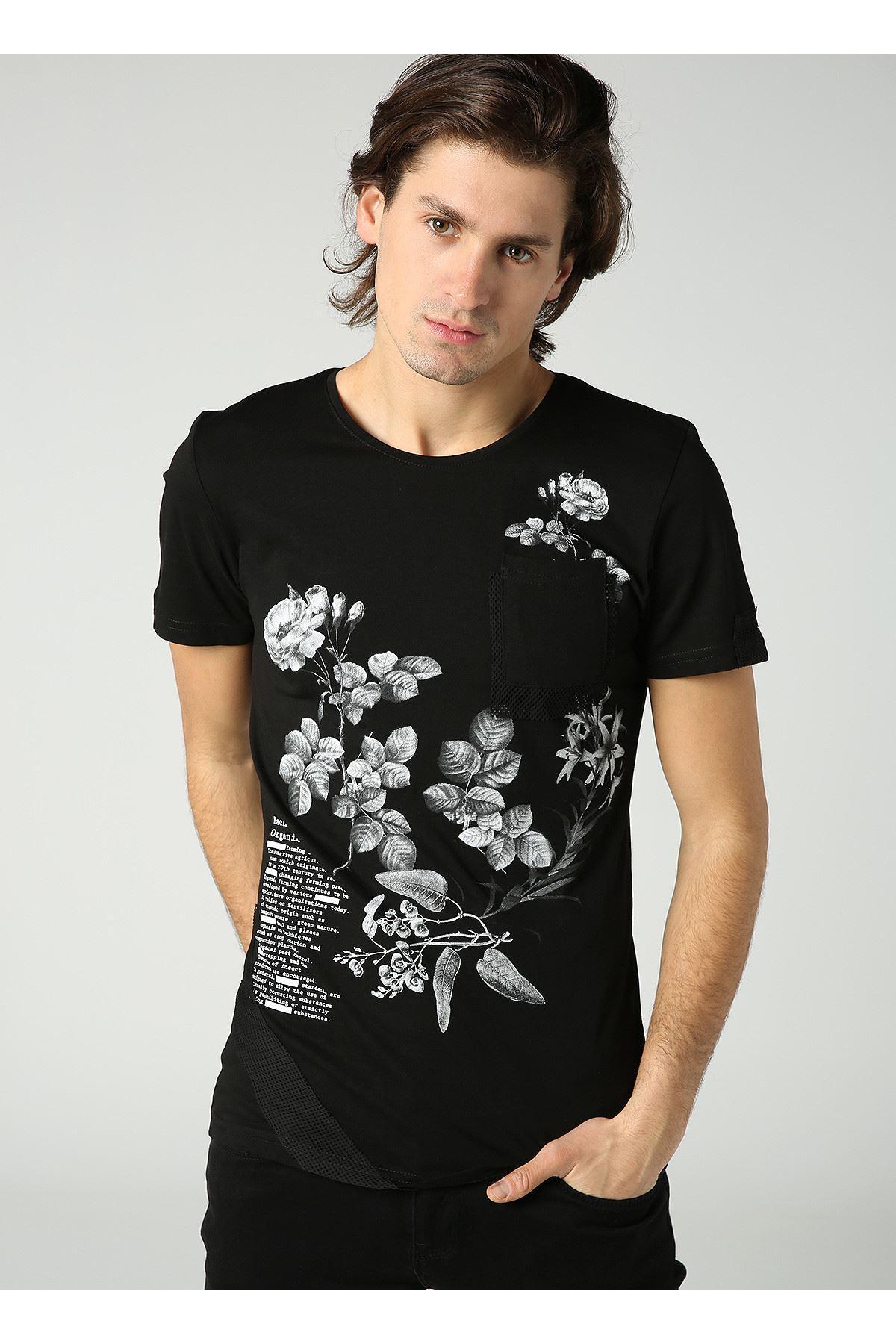 Bisiklet Yaka Çiçek Baskılı Cep Detay Erkek Siyah T-Shirt
