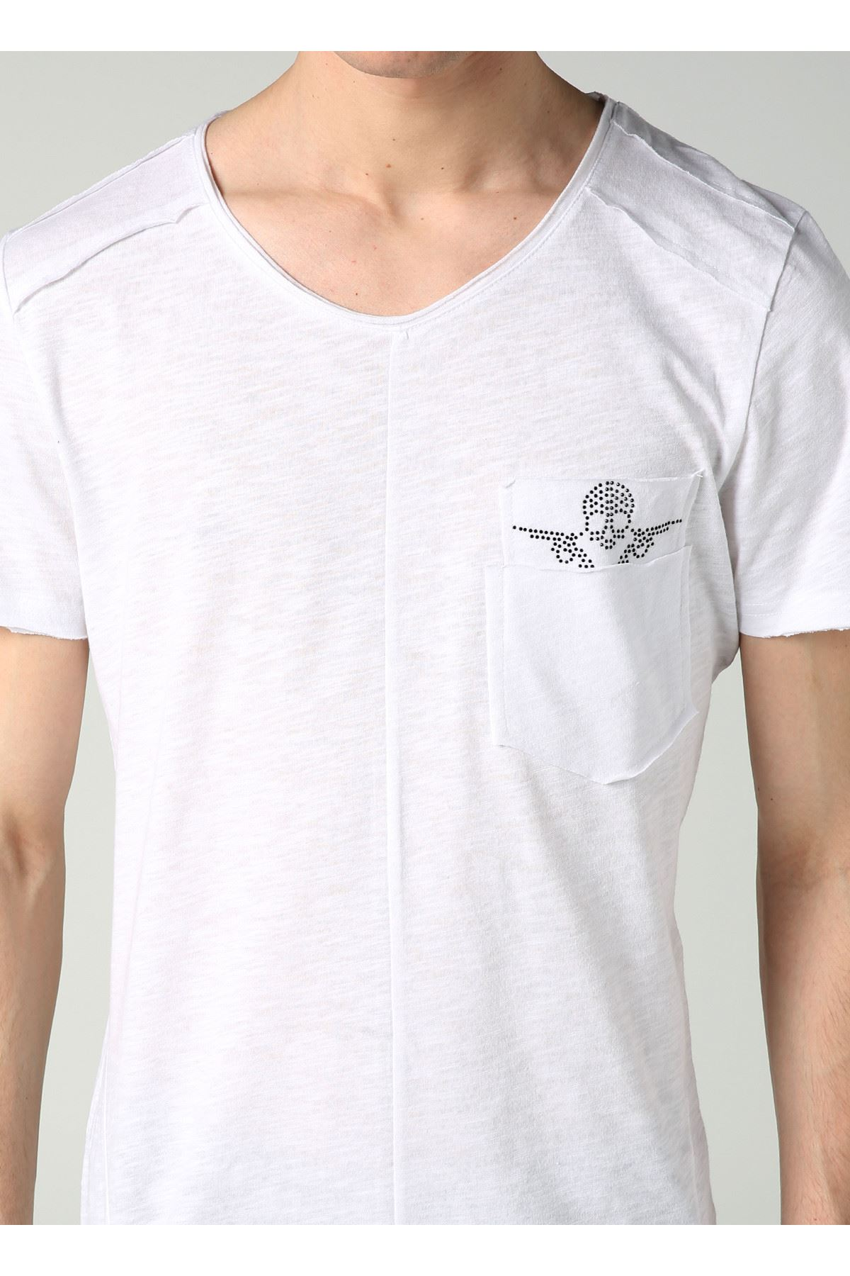 Bisiklet Yaka Cep Detay Beyaz Erkek T-Shirt