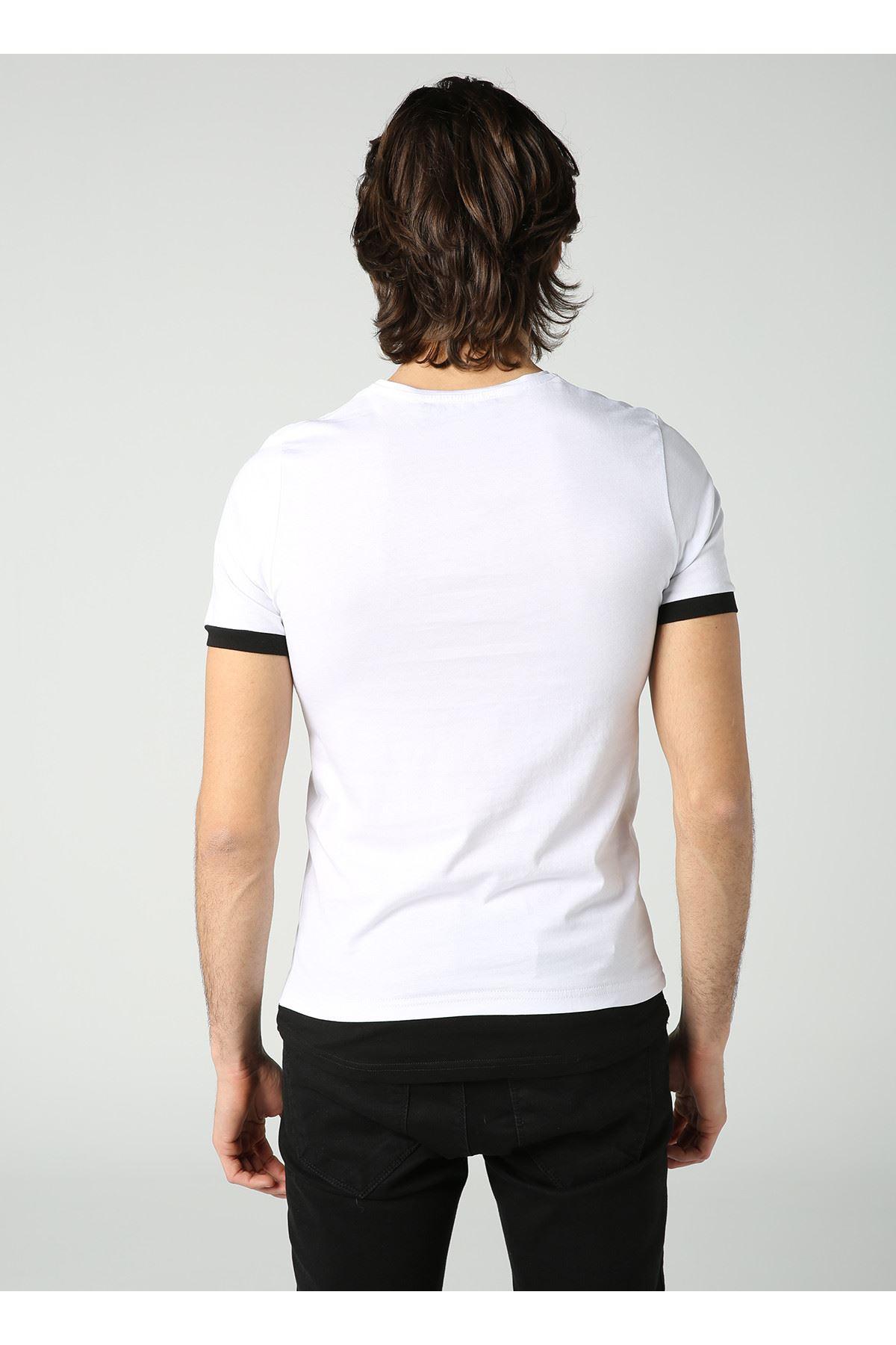 Bisiklet Yaka Kuru Kafa Baskılı Erkek Beyaz T-Shirt