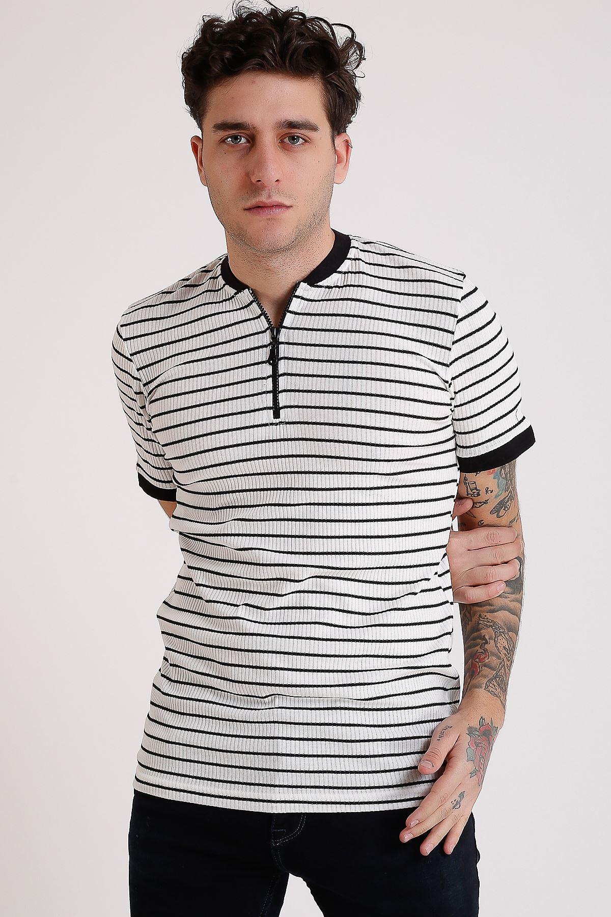 Erkek Hakim yaka Beyaz Çizgili Fermuarlı T-Shirt